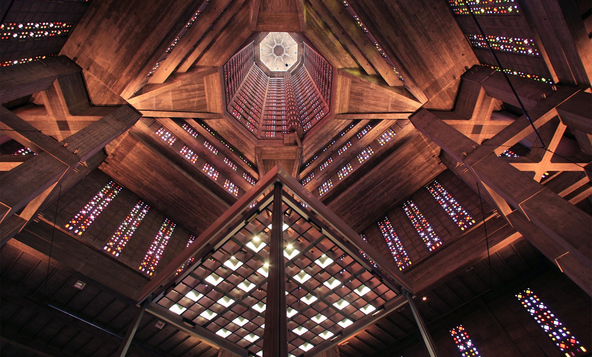 Intérieur de l'église Saint-Joseph