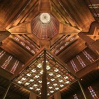Vue intérieure de l'église Saint-Joseph