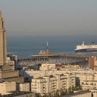 110m high, Saint-Joseph is the first monument visible when arriving at Le Havre by sea.