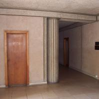 détail de colonne dans les couloirs d'immeubles.jpg