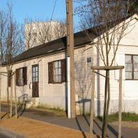 Baraque provisoire dans le quartier d'Aplemont, rue Dal Piaz