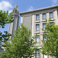 Le collège Raoul Dufy et l'église Saint-Joseph