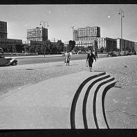 Place de l'Hôtel de Ville, en 1956.