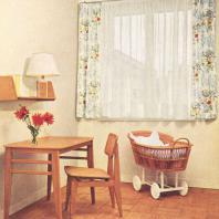 Le mobilier Gascoin, table, chaise, étagère-murale, couffin.